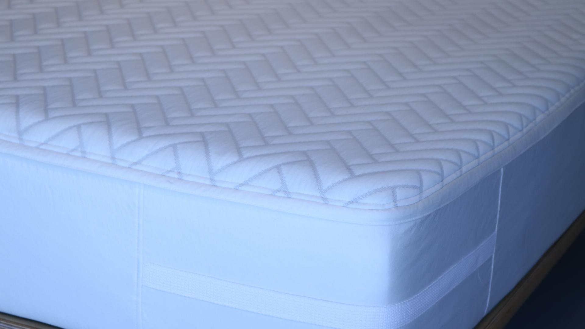 wright mattress review, mattress reviews, girl on the mattress