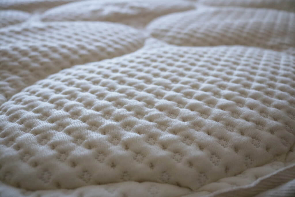 spindle mattress review spindle latex mattress review girl on the mattress cover - Latex Mattress Reviews