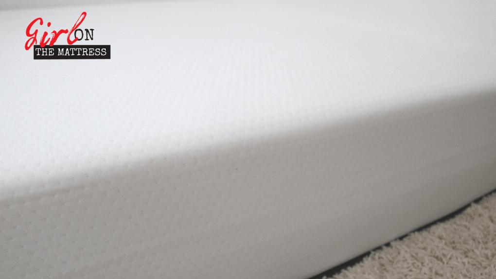 eight mars mattress review, eight sleep reviews, eight mars mattress reviews, girl on the mattress 3