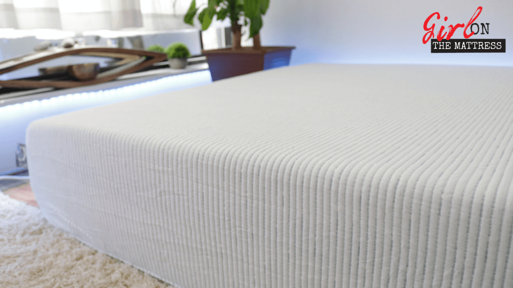 Molecule mattress review, molecule reviews, molecule, molecule mattress reviews, molecule review, girl on the mattress, mattress in a box